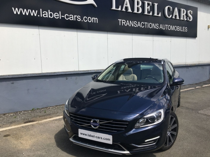 VOLVO V60 D6 TWIN ENGINE AWD SUMMUM GEARTRONIC