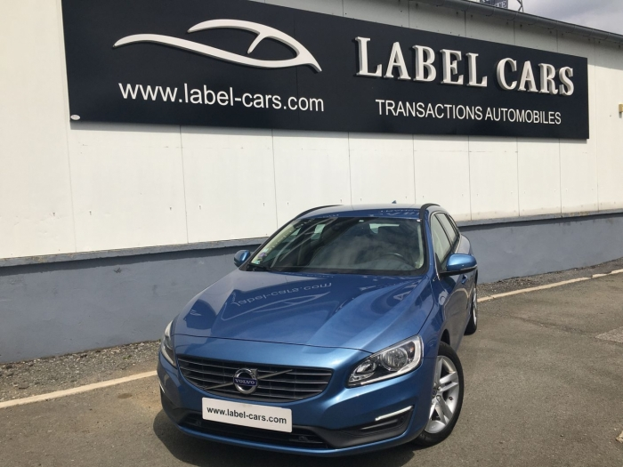 VOLVO V60 D6 TWIN ENGINE AWD MOMENTUM BUSINESS GEARTRONIC