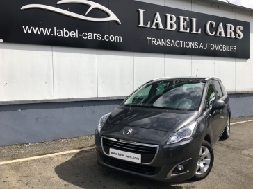 PEUGEOT 5008 1.6 HDI 120 CH 7 PLACES