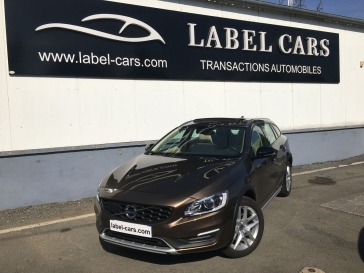 VOLVO V60 CROSS COUNTRY D4 190 CH XENIUM GEARTRONIC