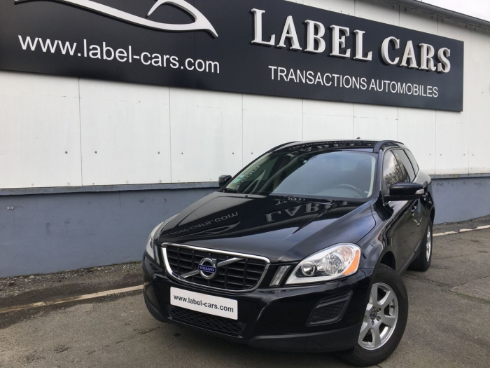VOLVO XC60 D3 163 CH MOMENTUM GEARTRONIC